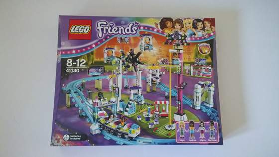 1-LEGO-FRIENDS-41130-vidamparki-kalandok.jpg