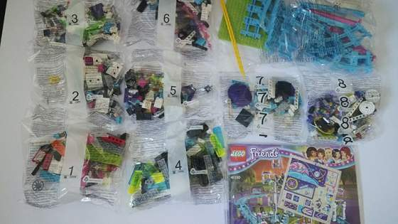 3-LEGO-FRIENDS-41130-vidamparki-kalandok.jpg