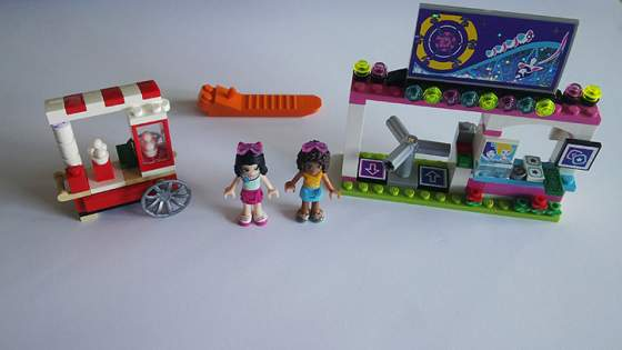 5-LEGO-FRIENDS-41130-vidamparki-kalandok.jpg