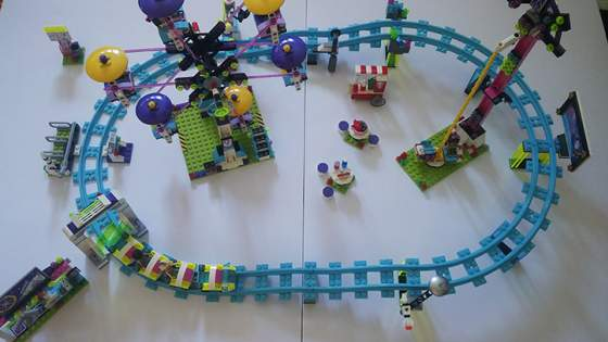13-LEGO-FRIENDS-41130-vidamparki-kalandok.jpg